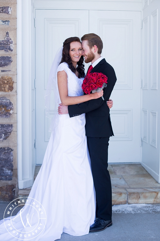 utah-logan-temple-wedding-photo_0002