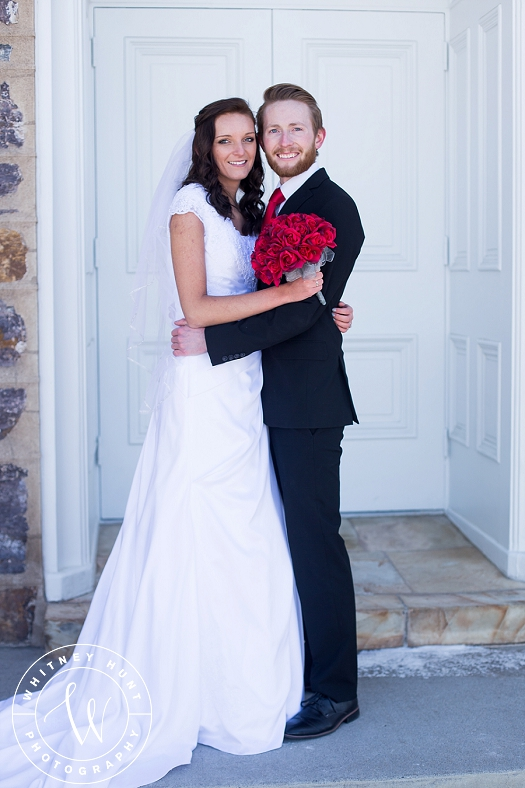 utah-logan-temple-wedding-photo_0003