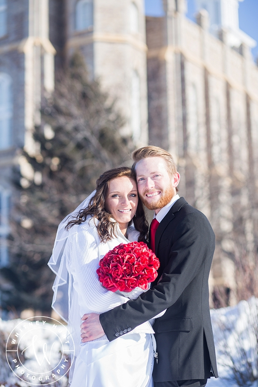 utah-logan-temple-wedding-photo_0007