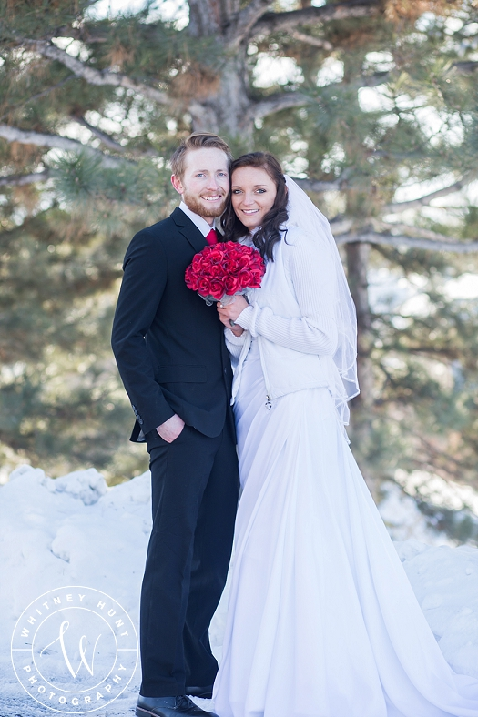 utah-logan-temple-wedding-photo_0008