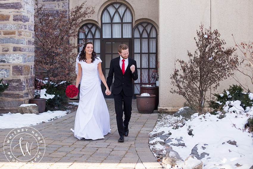 utah-logan-temple-wedding-photo_0012