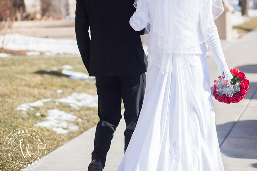 utah-logan-temple-wedding-photo_0017