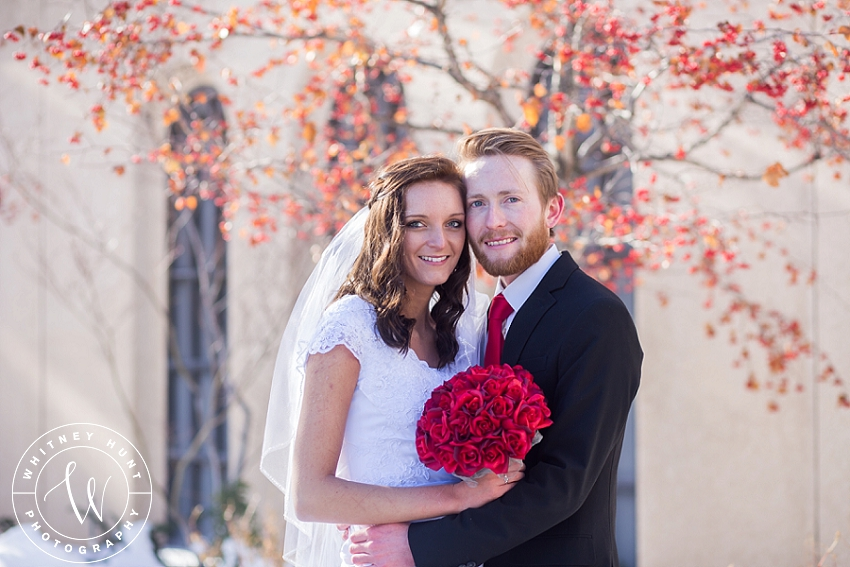 utah-logan-temple-wedding-photo_0022